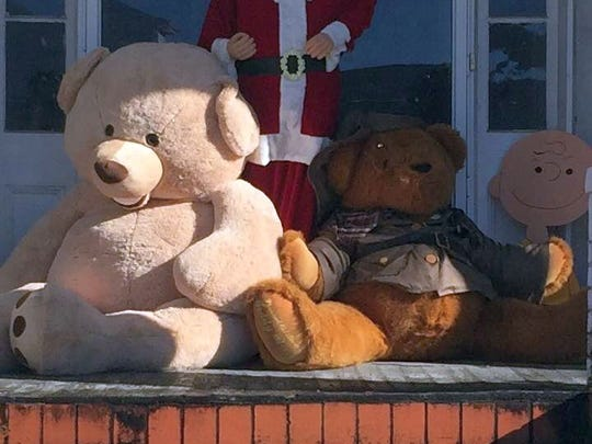 On Christmas Eve, First Lady Stephanie Gillespie reported the theft of two large teddy bears — one of which is 6 feet tall — that were part of the decorations on the front porch of Bill Gillespie's late parents' home next door.