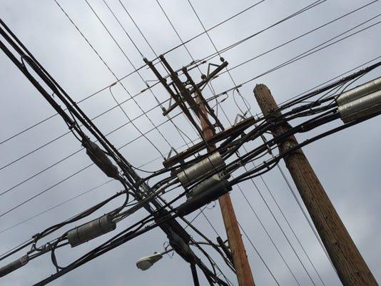 636541257931713627-power-pole.jpg