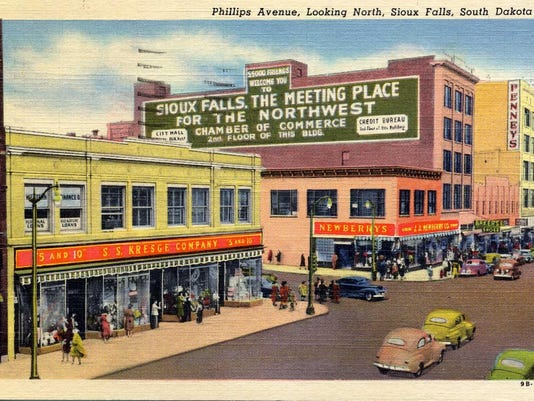 Phillips-ave-Looking-N