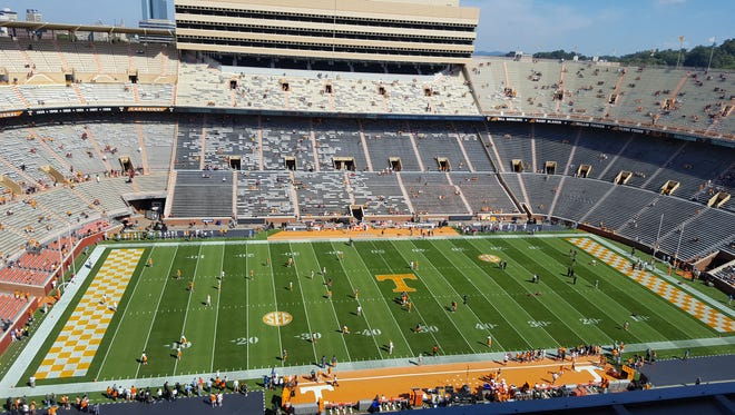 Top-ranked  Alabama will look to win its 10th straight game over Tennessee in today's SEC showdown at Neyland Stadium in Knoxville, Tenn.