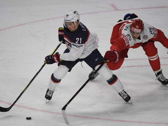 Denmark´s Oliver Lauridsen and the U.S.'s Dylan Larkin