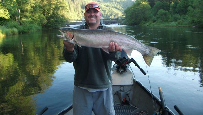Curt Currey, professional fishing guide from Kiezer, is peaking at the Salem Chapter of NW Steelheaders tonight.