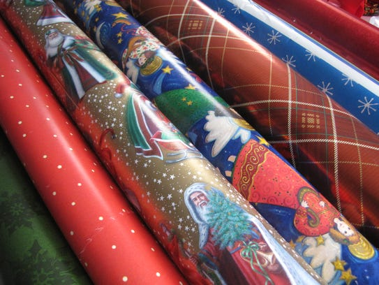 christmas wrapping paper what you can 39 t recycle. Black Bedroom Furniture Sets. Home Design Ideas