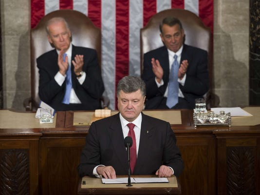 White House rebuffs Ukraine appeal for weapons