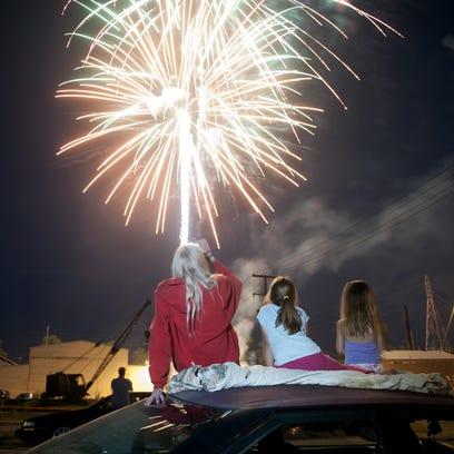 -zan 0705 fireworks 001.jpg_20140705.jpg