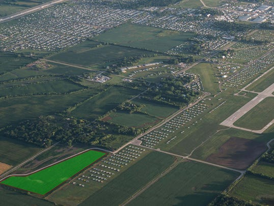635992158263872958-Taxiway-South-40.jpg