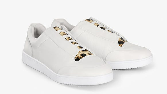 Casual white leather shoes with leopard print from