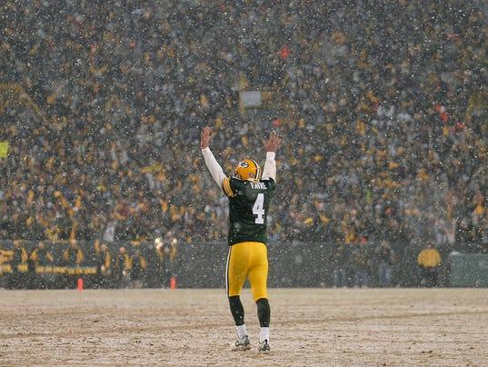 ES_Packers vs Seahawks_1.12.08