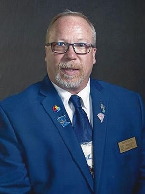 Randy Beggs was installed as Worthy State President for the Minnesota Eagles