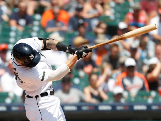 Tigers right fielder Nicholas Castellanos hits an RBI