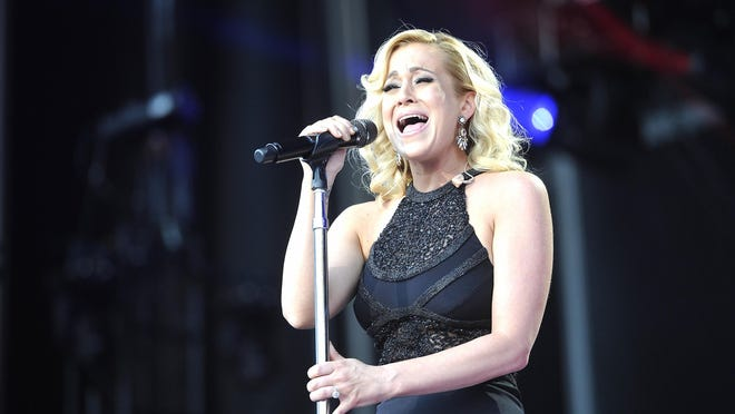 Kellie Pickler will perform in Visalia on March 18.