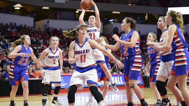 Eastland's Erin Henze scored 29 points on 11-for-18 shooting in a 70-28 rout of Hume Shiloh Tri-County on Feb. 28 in the semifinals of the 2020 Class 1A girls state basketball tournament.