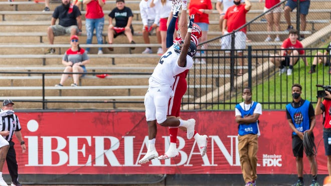 The Louisiana Ragin' Cajuns and Georgia Southern battled to the finish, a 20-18 victory for UL on Sept. 26 at Cajun Field in Lafayette.