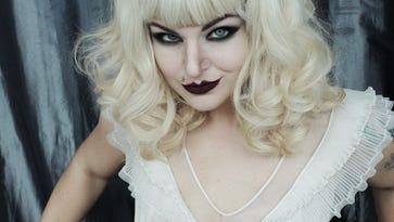 New Orleans burlesque dancer Xena Zeit-Geist