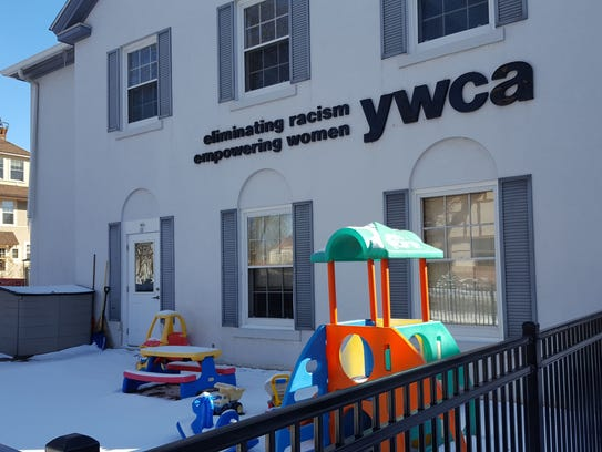 The YWCA will host Chefs who cook with women who rock