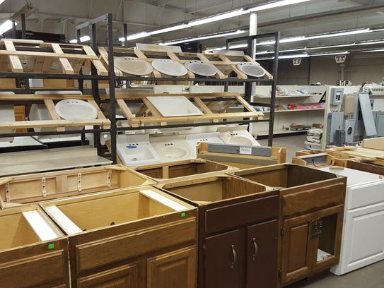 Habitat for Humanity of Wausau sells recycled building