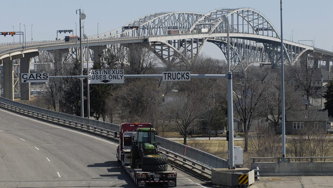 Workers on the Blue Water Bridge went on strike starting at 6 a.m. Monday morning.
