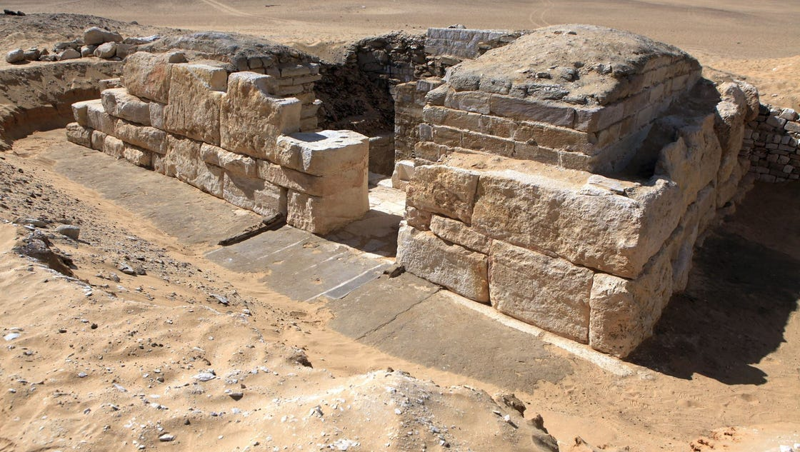 Tomb of Egyptian queen unearthed by archaeologists
