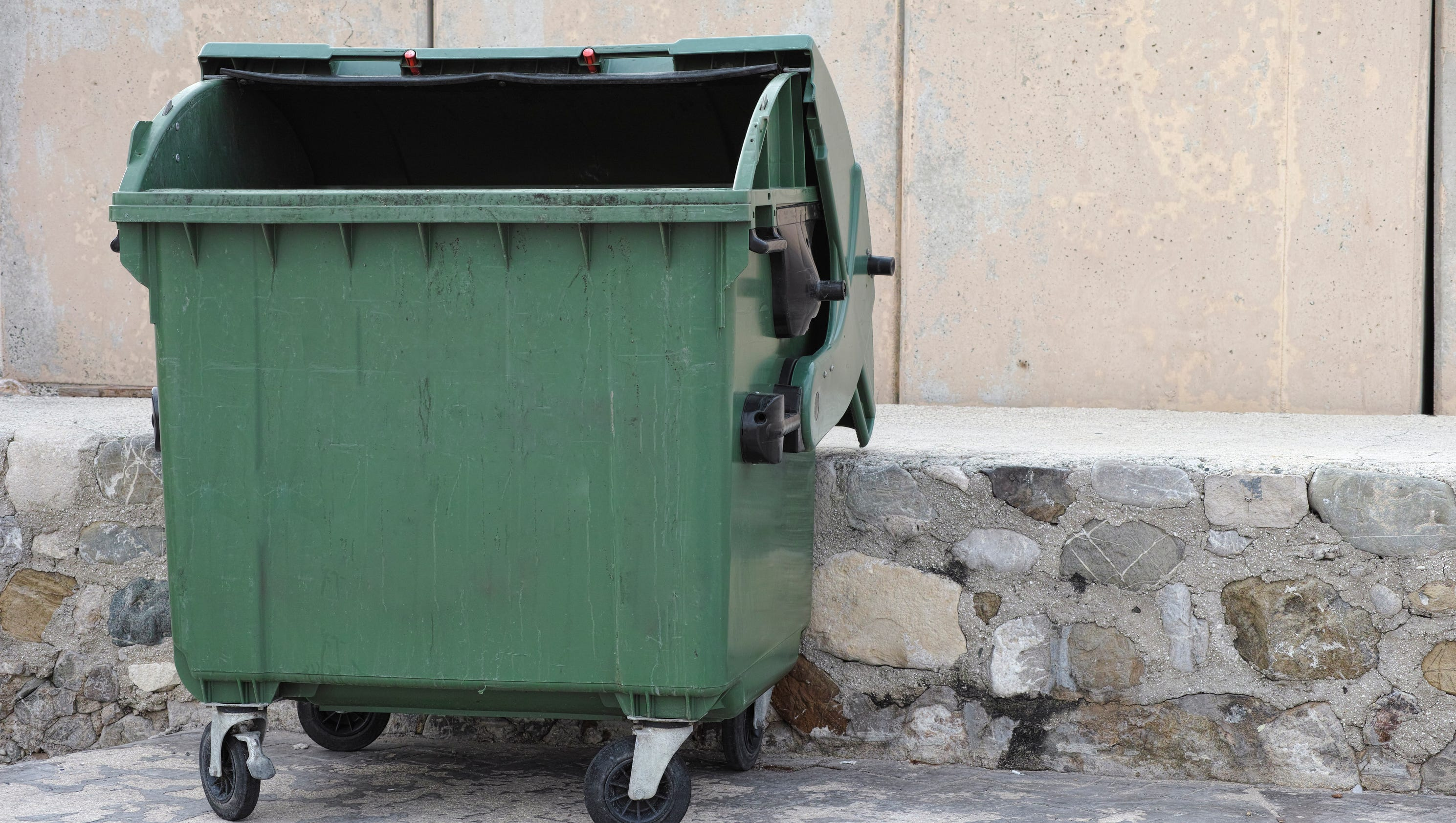 answer man is dumpster diving illegal in springfield