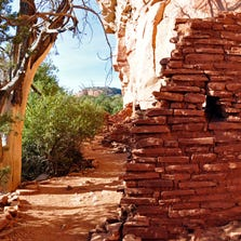 Visit the Honanki Ruins near Sedona for free on Labor Day weekend.