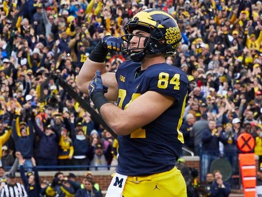 Michigan tight end Sean McKeon celebrates a touchdown