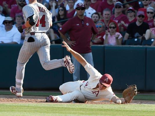 NCAA_South_Carolina_Arkansas_Baseball_98293.jpg