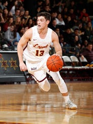 Clayton Custer, the leading scorer for Loyola (Ill.)