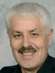 Farmington Police Chief Steve Hebbe