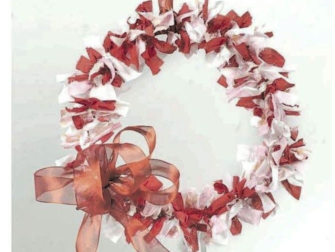 Valentine's Day is coming around the corner.  Make this festive wreath.  It's elegant and easy.