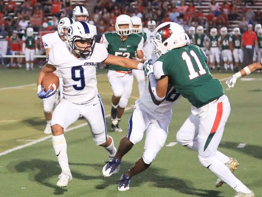 Lindsay's Angel Perez (11) attempts to stop Central