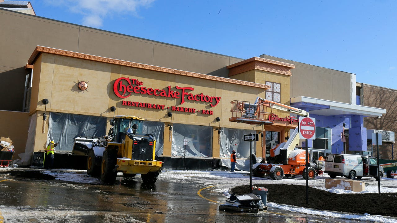 The Cheesecake Factory opens in Rockaway