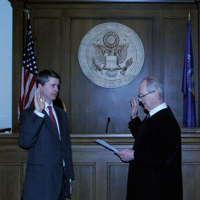 Brookfield's Stephen Dries, a Tosa native, sworn in as U.S. District Court clerk