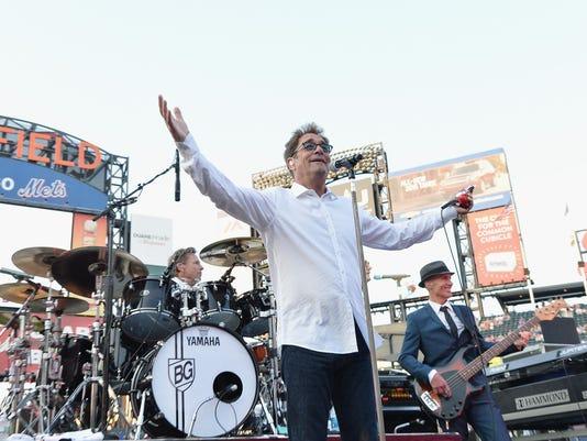 2014 Met Concert Series: Huey Lewis And The News