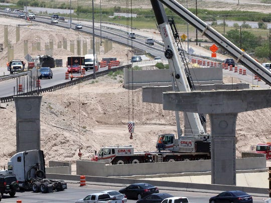 Westbound traffic on West Paisano Drive prepares to travel over I-10 to exit at Sunland Park and I-10 Monday. Starting Sunday, West Paisano from Sunland Park Drive to Executive Center Boulevard will close for eight months.