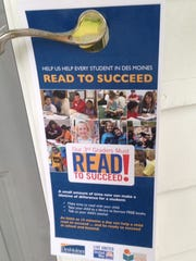 More than 10,000 Read to Succeed door hangers are being left at homes this month as Des Moines schools recruits volunteers.