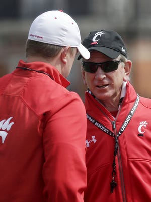 The Bearcats are 0-3 in bowl games under coach Tommy Tuberville (right).