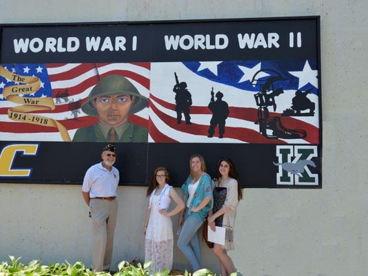 War Mural Event - WWI & WWII - 5-29-15.jpg