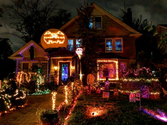 636749421949573488 Philip Caporaso Jpg Halloween Houses