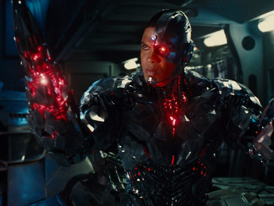 Cyborg (Ray Fisher) finds a definite learning curve