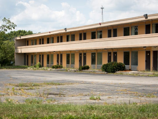 The Red Carpet Inn and Suites has several tenants still