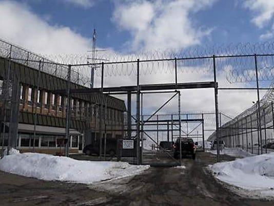 IMG_youth_prison_1_1_7FCQ25DS.jpg_20151208.jpg