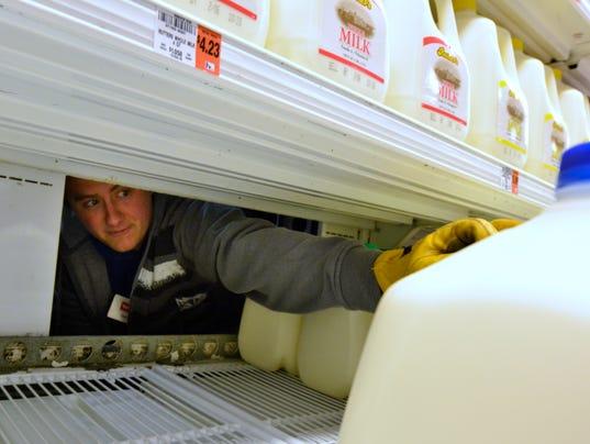 PHOTOS: Shoppers prepare for pending storm