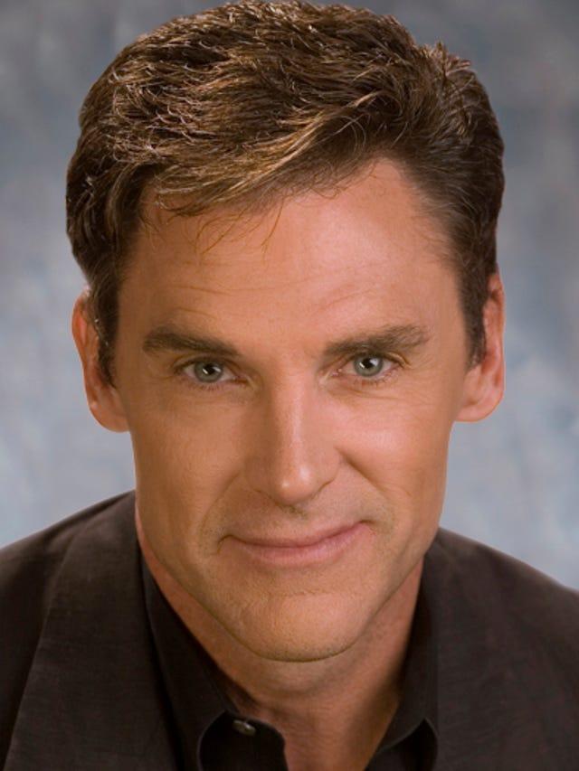 Phoenix TV reporter Mike Watkiss at 3TV, CBS 5 to retire