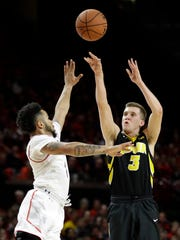 Iowa guard Jordan Bohannon canned eight 3-pointers on his way to 24 points at Maryland last month.