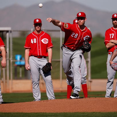 Reds' Anthony DeSclafani upbeat despite being scratched from spring debut