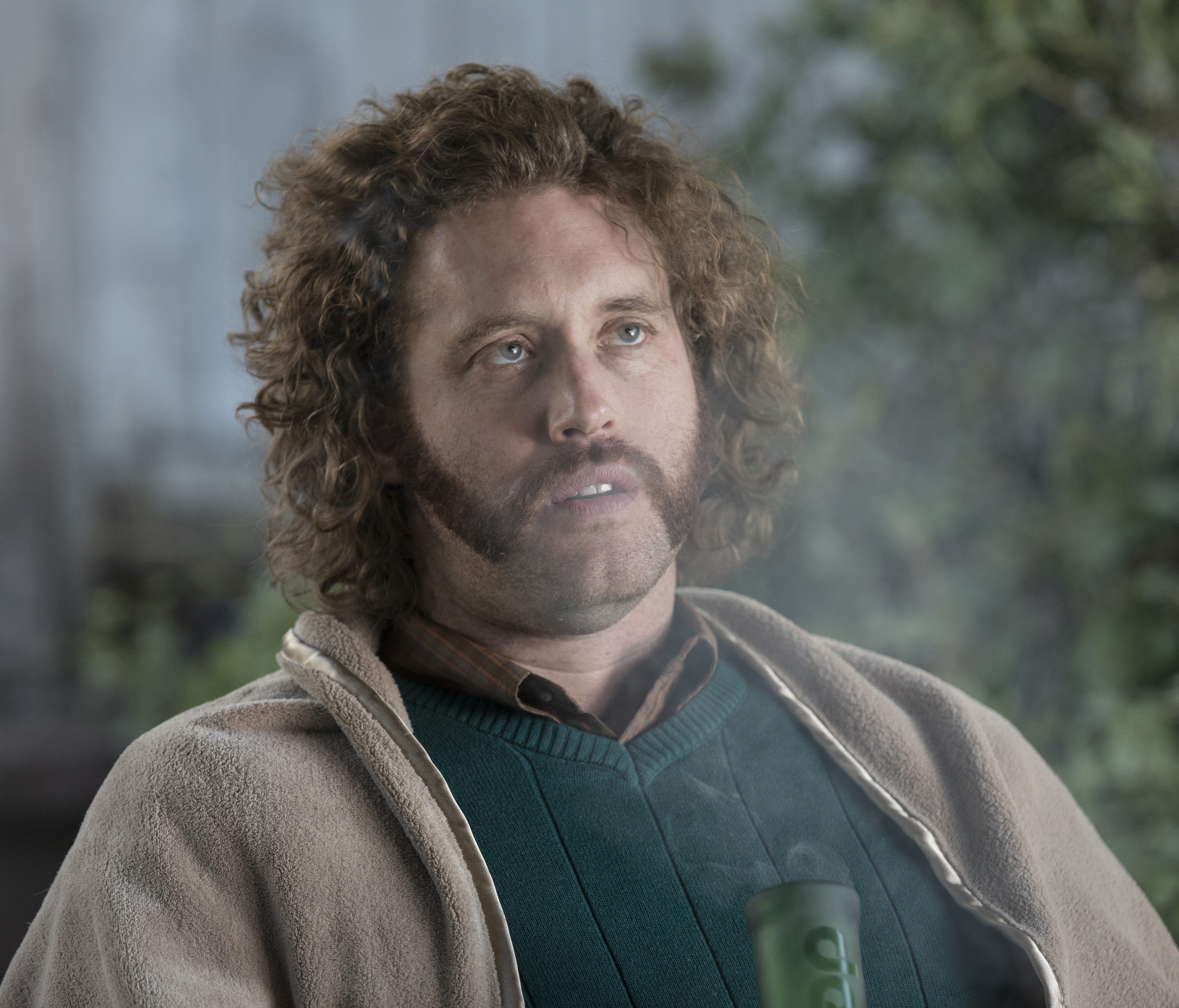 Stoner-entrepreneur Erlich (T.J. Miller) leaves Richard and Co. high and dry at the end of Season 4.