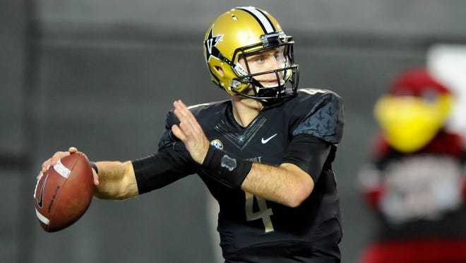 Vanderbilt quarterback Patton Robinette will be in uniform at Missouri on Saturday after missing the past three games with a concussion.