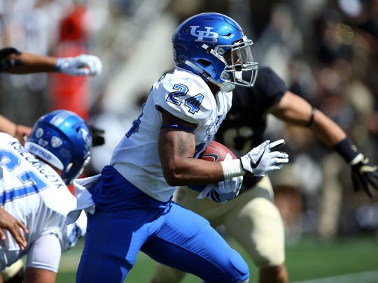 Buffalo Bulls running back Johnathan Hawkins (24) runs the ball against the Army Black Knights during the first half at Michie Stadium.