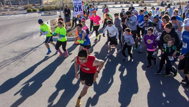 Participants in the 2015 Run with Your Doc event take off at the 5-kilometer run start line. Last year, the inaugural event attracted more than 600 people.