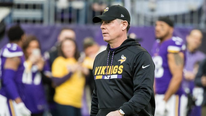 Dec 31, 2017; Minneapolis, MN, USA; Minnesota Vikings offensive coordinator Pat Shurmur prior to the game against the Chicago Bears at U.S. Bank Stadium. Mandatory Credit: Brace Hemmelgarn-USA TODAY Sports